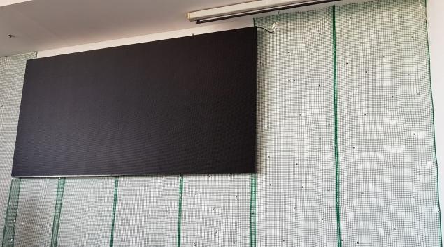 הכנת קיר ירוק מלאכותי